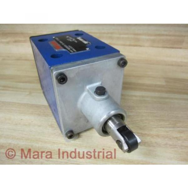 Rexroth India Egypt Bosch R900590253 Valve 4WMU10D31/ - New No Box #1 image