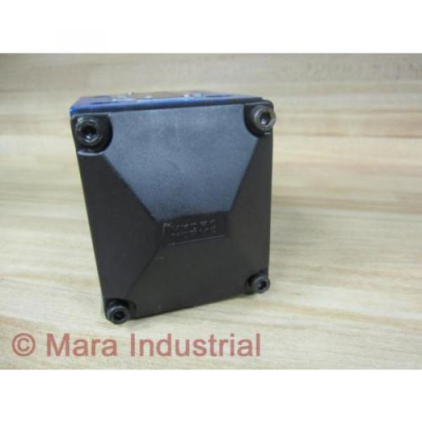 Rexroth India Egypt Bosch R900590253 Valve 4WMU10D31/ - New No Box #3 image