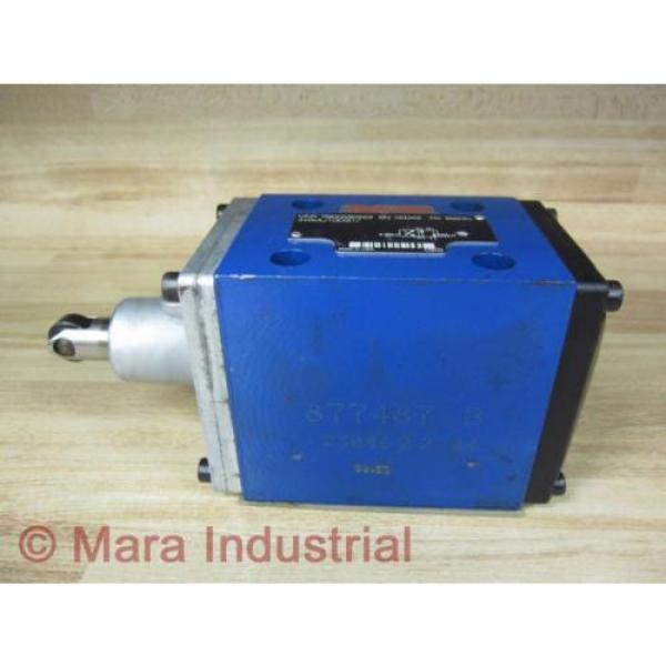 Rexroth India Egypt Bosch R900590253 Valve 4WMU10D31/ - New No Box #4 image