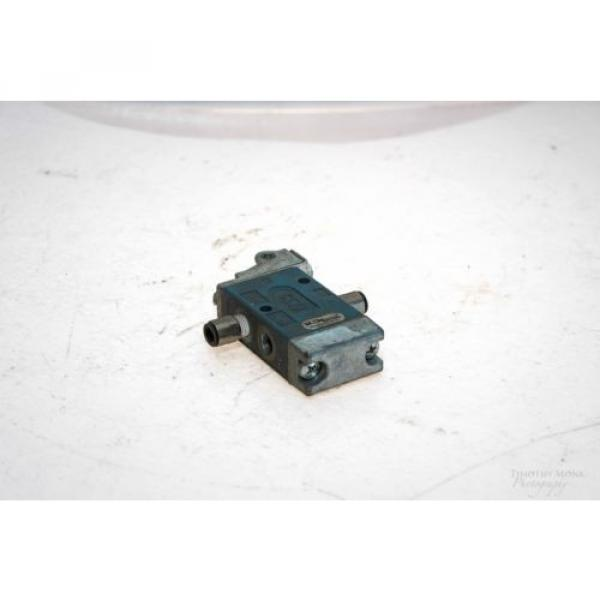 REXROTH GB13003-0955 MINIMASTER ROLLER OPERATED DIRECTIONAL VALVE NO LEVER G52 #2 image