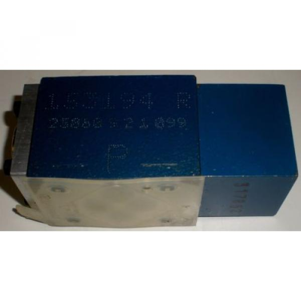 BOSCH REXROTH R900404769 4WH6Y52//5  DIRECTIONAL CONTROL VALVE #5 image