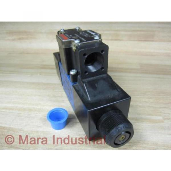 Rexroth Bosch R978872815 Valve 4WE6G62/EW110N9DA/62 - origin No Box #4 image