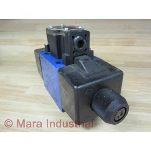 Rexroth Singapore Canada Bosch R900708880 Valve 4WE10J40/CW110N9D K25L - New No Box #5 image