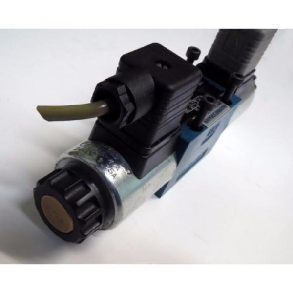 Bosch Australia Canada Rexroth Direct Operated Directional Spool Valve 4WE 6 J73-61/EG24k4/A12 #2 image